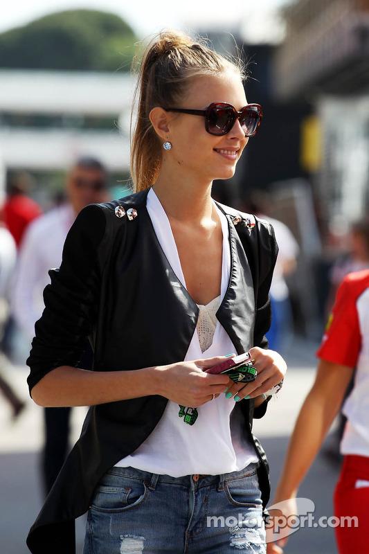 Dasha Kapustina, namorada de Fernando Alonso, Ferrari
