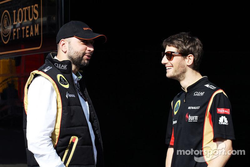 (L naar R): Eric Lux, Genii Capital CEO met Romain Grosjean, Lotus F1 Team