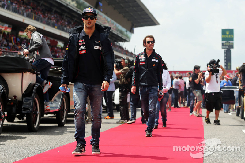 Daniel Ricciardo, Scuderia Toro Rosso bij de rijdersparade