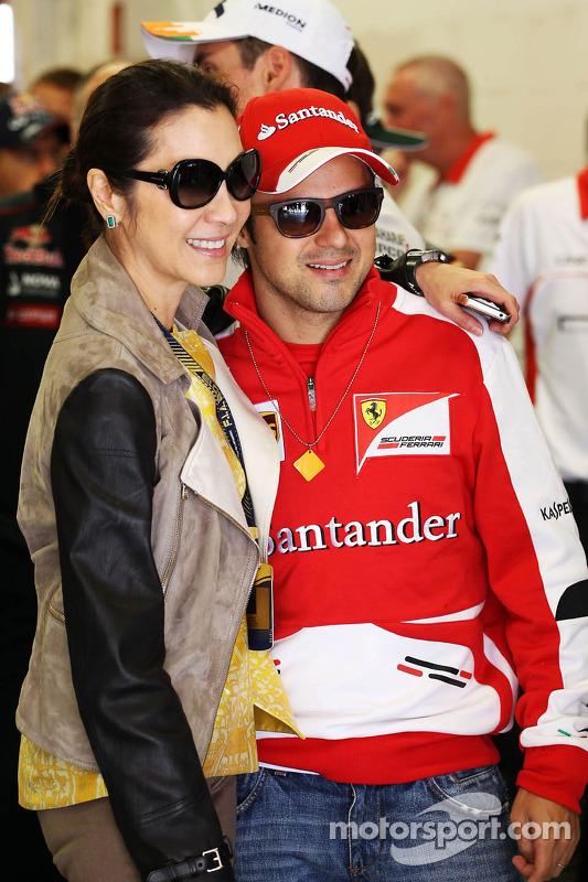 Felipe Massa, Ferrari, com Michelle Yeoh (MAL)