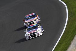 Franz Engstler, BMW E90 320 TC, Liqui Moly Team leads Charles Ng, BMW E90 320 TC, Liqui Moly Team En