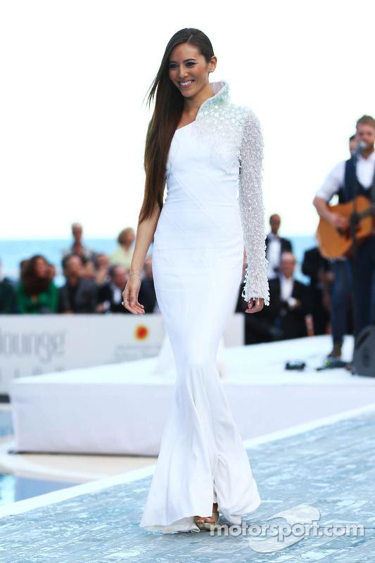 Jessica Michibata, namorada do Jenson Button, McLaren no Amber Lounge Fashion Show