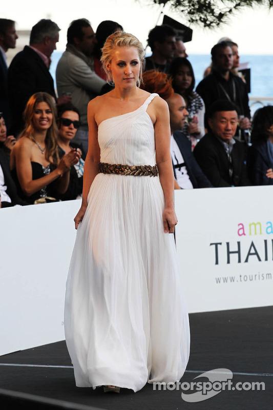 Jennifer Beck, namorada de Adrian Sutil Adrian Sutil, Sahara Force India F1, no lançamento da Amber