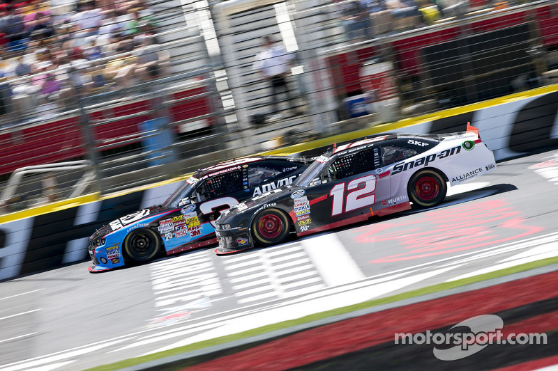 Austin Dillon en Sam Hornish Jr.