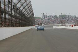 Race winner Tony Kanaan