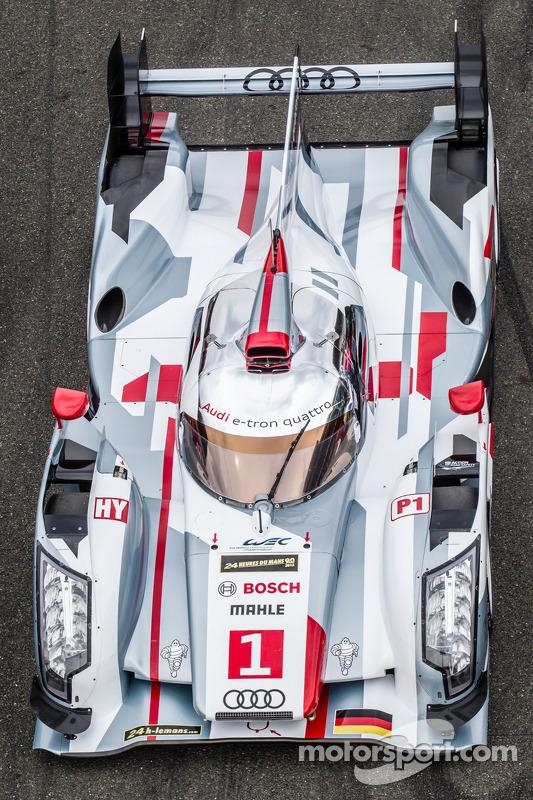 #1 Audi Sport Team Joest Audi R18 e-tron quattro em sessão de fotos