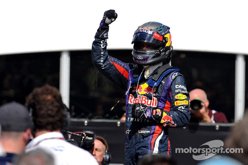 Race winner Sebastian Vettel, Red Bull Racing celebrates