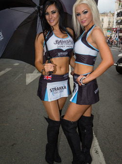 The Strakka Racing girls