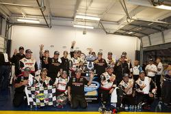 O vencedor Brad Keselowski, Penske Racing Ford