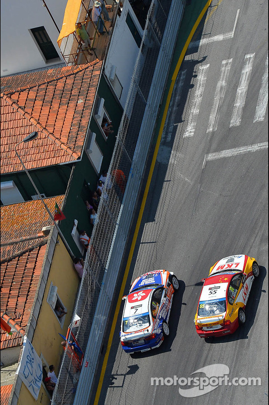 Charles Ng, BMW E90 320 TC, Liqui Moly team Engstler, e Darryl O'Young, BMW E90 320 TC, ROAL Motorsport