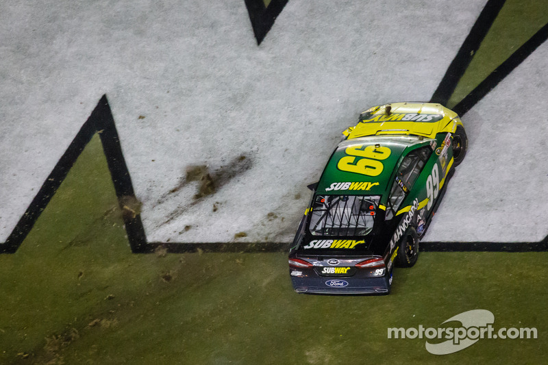 Carl Edwards, Roush Fenway Racing Ford na zijn crash