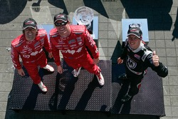 Scott Dixon, Target Chip Ganassi Racing Honda, Sébastien Bourdais, Dragon Racing Chevrolet and Dario Franchitti, Target Chip Ganassi Racing Honda