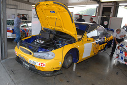 Ex Anthony Reid 2000 Super Touring Ford Mondeo