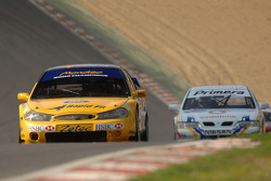 Ex Anthony Reid 2000 Super Touring Ford Mondeo conduzido por Alvin Powell