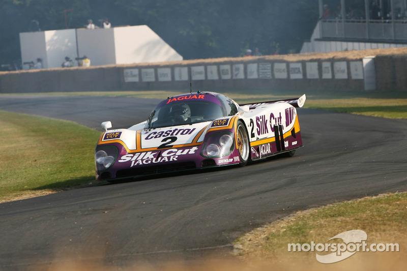 Andy Wallace, Jaguar XJR 9LM