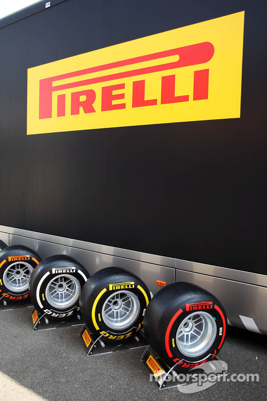 pneus Pirelli on show