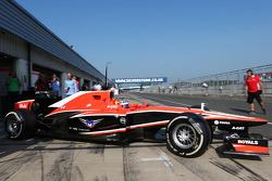 Tio Ellinas, Marussia F1 Team MR02 Test Pilotu pit stop