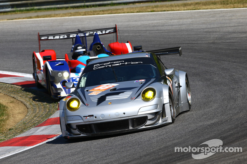 #88 Proton Competition Porsche 911 GT3 RSR: Horst Felbermayr Jr., Horst Felbermayr Sr., Klaus Bachle