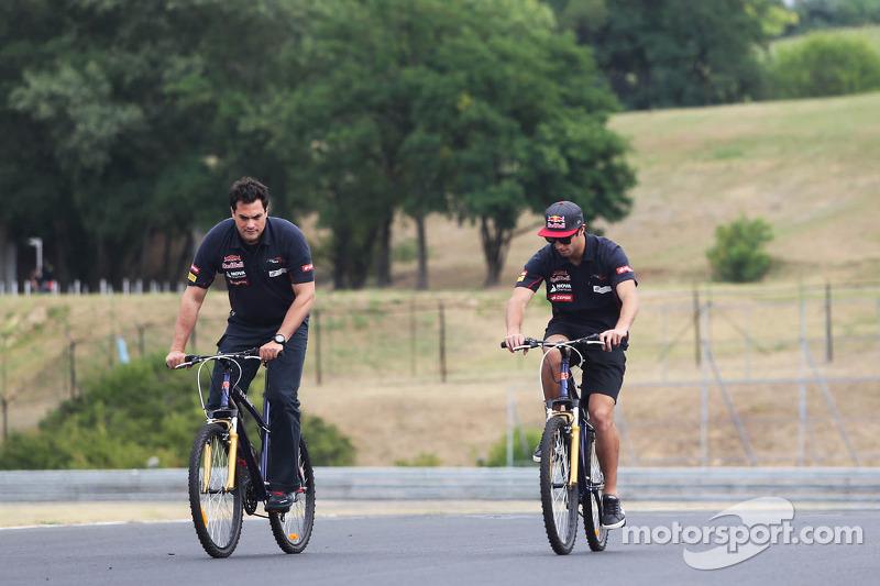 Daniel Ricciardo, Testrijder Red Bull Racing op het circuit