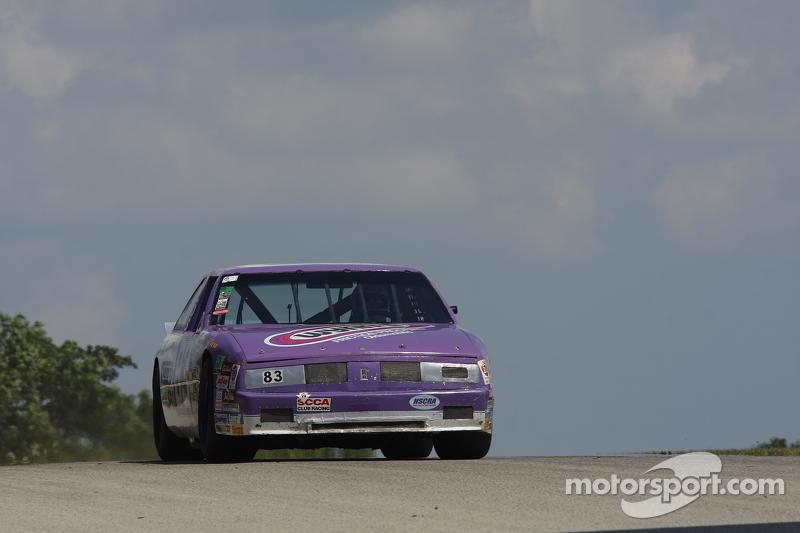 #83 1987 Oldsmobile Delta88: Richard Sharer