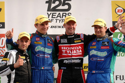 Round 18 Podium; 1st Gordon Shedden, 2nd Mat Jackson, 3rd Aron Smith, JST Winner Lea Wood