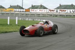 Maurice Trintignant, Lancia-Ferrari D50 801, shared with Peter Collins