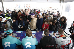 Luca Filippi, NIO Formula E Team, Oliver Turvey, NIO Formula E Team, Maro Engel, Venturi Formula E, Edoardo Mortara, Venturi Formula E Team, signs autographs for fans