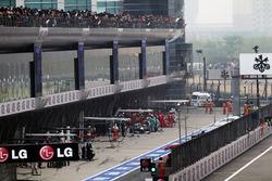 Michael Schumacher, Mercedes AMG F1 W03 makes a pit stop