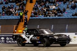 Язід Аль-Раджі за кермом Xtreme Pickup