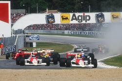 Ayrton Senna, McLaren MP4/5B Honda, lidera a su compañero Gerhard Berger, McLaren MP4/5B Honda