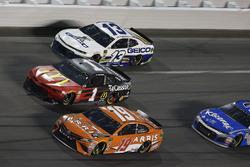 Daniel Suarez, Joe Gibbs Racing Toyota Jamie McMurray, Chip Ganassi Racing Chevrolet Camaro