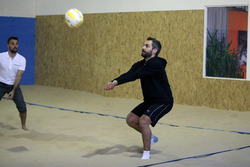 Timo Glock, gioca a Beachvolleyball Indoor
