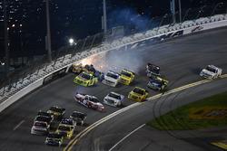 Bryan Dauzat, FDNY Racing, FDNY / American Genomics Chevrolet Silverado and Clay Greenfield, Clay Greenfield, AMVETS Please Stand Motorsports Chevrolet Silverado crash