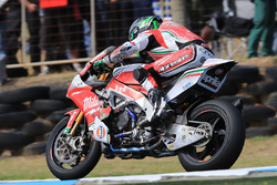 La moto endommagée d'Eugene Laverty, Milwaukee Aprilia
