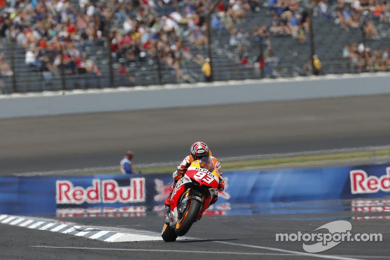 Veio ainda o GP de Indianápolis no mesmo ano e Márquez completou a trinca com mais um triunfo. No final do ano, o espanhol conquistou o primeiro título na MotoGP.