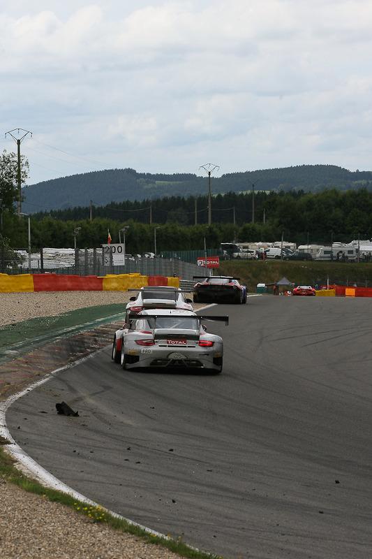 #33 Pro GT by Almeras Porsche 997 GT3 R: Timo Bernhard, Jorg Bergmeister, Nicolas Lapierre