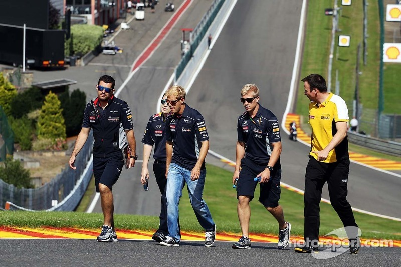 Sebastian Vettel, Red Bull Racing walks the circuit.