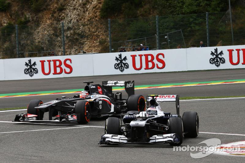 Valtteri Bottas, Williams leads Nico Hulkenberg, Sauber