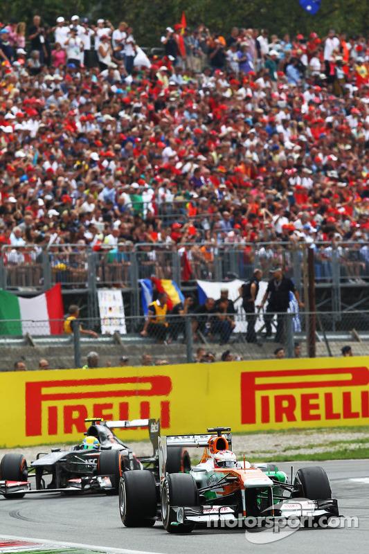 Paul di Resta, Sahara Force India VJM06 on the formation lap