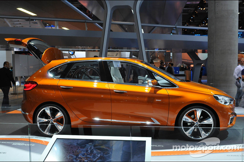 BMW M4 Concept Actove Tourer Outdoor