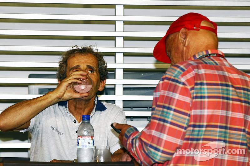 Alain Prost, met Niki Lauda, Mercedes Non-Executive Chairman