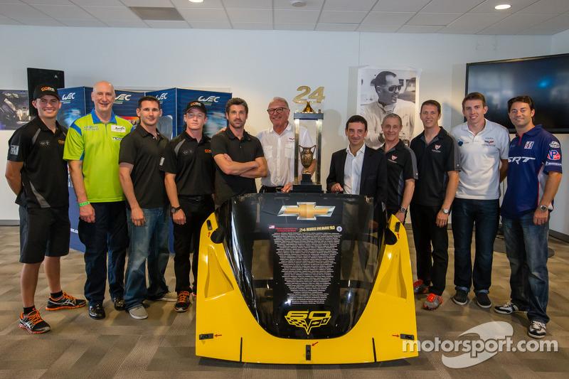 Amerikaanse coureurs bij het Le Mans-evenement: groepsfoto
