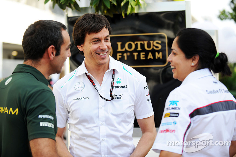 Cyril Abiteboul, Caterham F1 Team Principal with Toto Wolff, Mercedes AMG F1 Shareholder and Executi