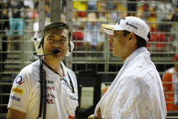 Bradley Joyce, Sahara Force India F1 Race Engineer with Adrian Sutil, Sahara Force India F1 on the grid