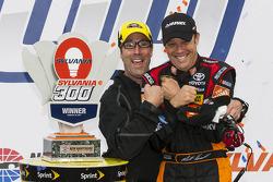 Race winner Matt Kenseth, Joe Gibbs Racing Toyota and J.D. Gibbs