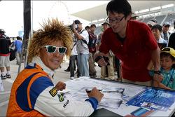 Handtekeningensessie, Stefano D'Aste, BMW 320 TC, PB Racing