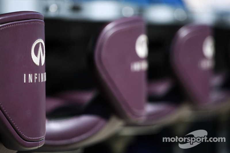 Red Bull Racing pit gantry seats