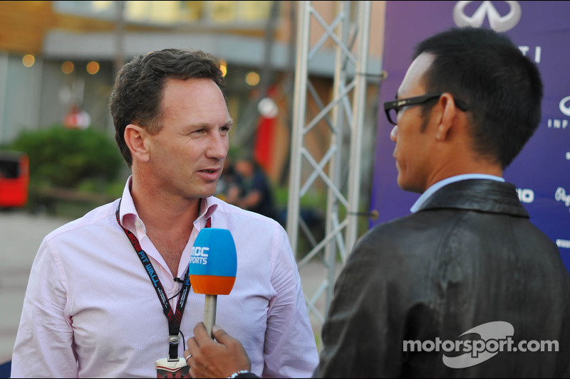 Christian Horner, Teambaas Red Bull Racing met de media