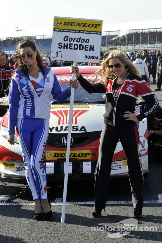 Honda Yuasa Racing Grid Girl