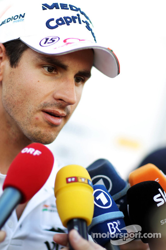 Adrian Sutil, Sahara Force India F1, com a imprensa